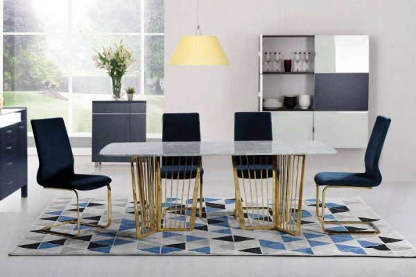Alonso dining Table and Cahirs